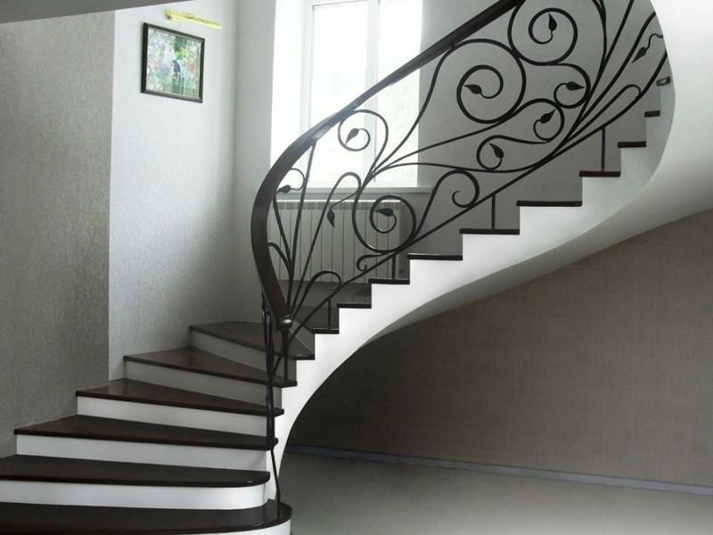 лестница монолитная фото